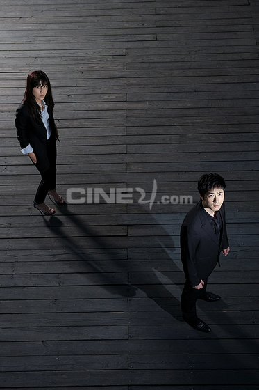 http://image.cine21.com/resize/cine21/person/2009/0416/P0000005_69905%5BH560-%5D.jpg