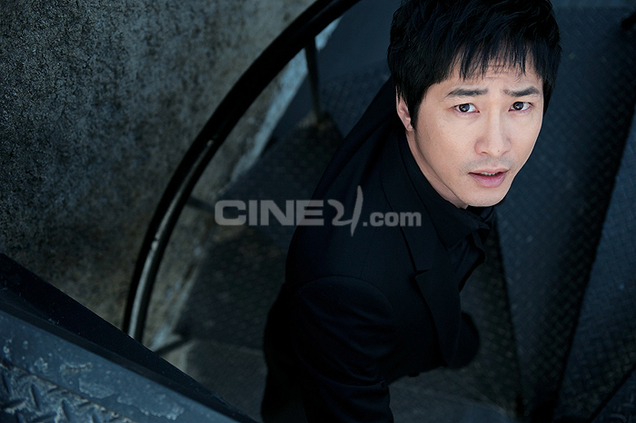 http://image.cine21.com/resize/cine21/person/2009/0416/P0000014_69909%5BW636-%5D.jpg